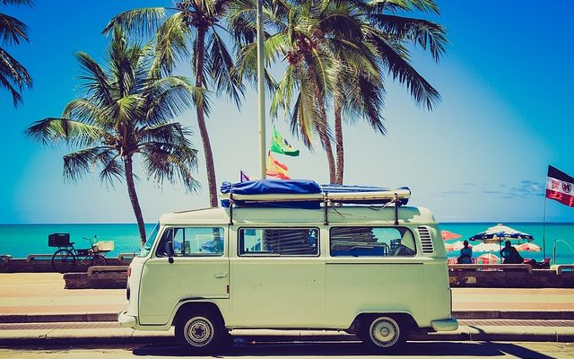 Comment passer des vacances paisibles et moins coûteuses?